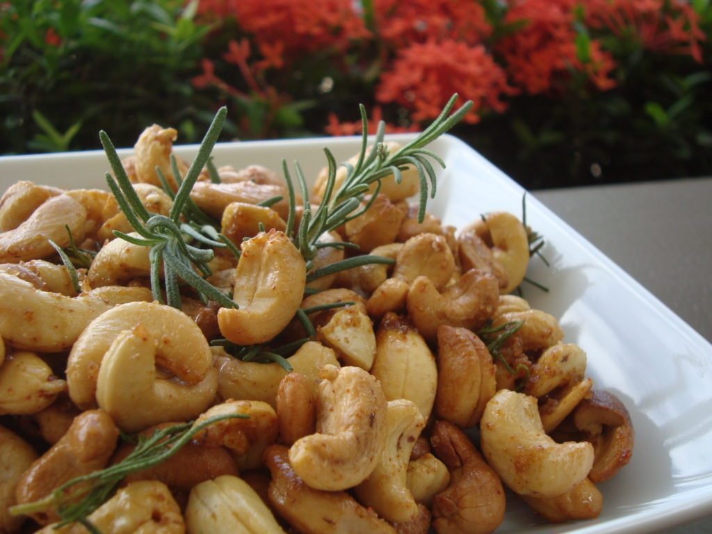 Rosemary and Cusho Nuts