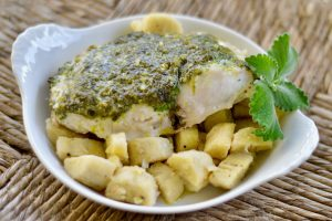 Fish Recipes: Dorado fish with herb topping